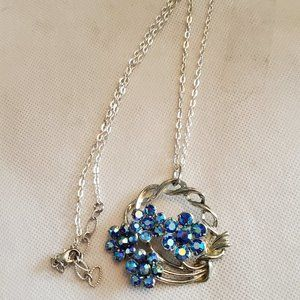 """20"""" Silver Tone Blue Flower Theme Pendant Necklace"""